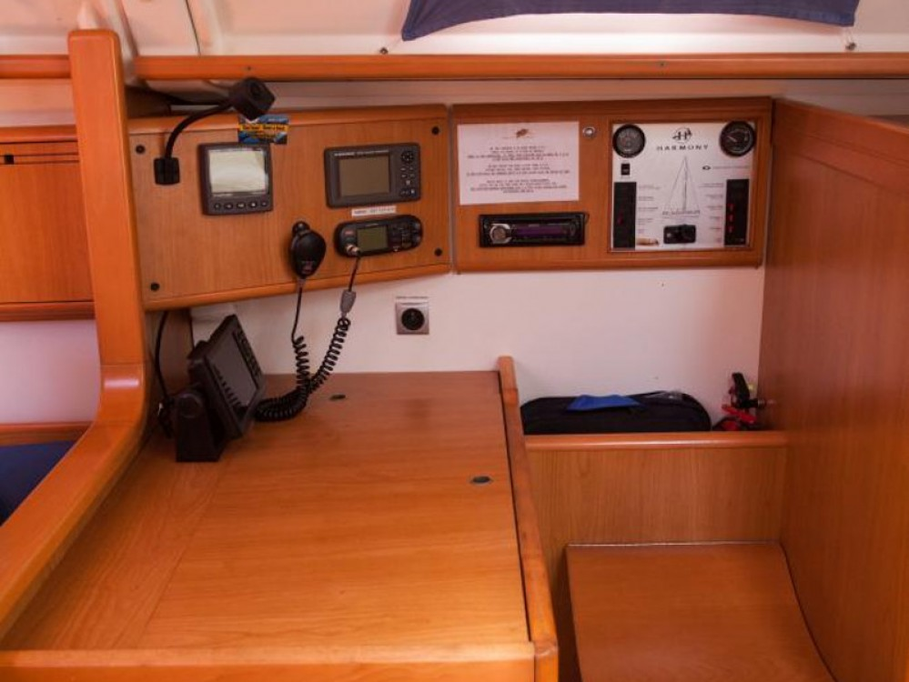 Rent a Poncin Harmony 47