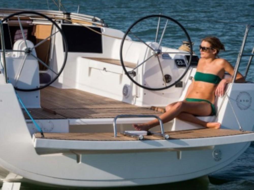 Rental yacht Marina Baotić - Dufour Dufour 310 Grand Large on SamBoat