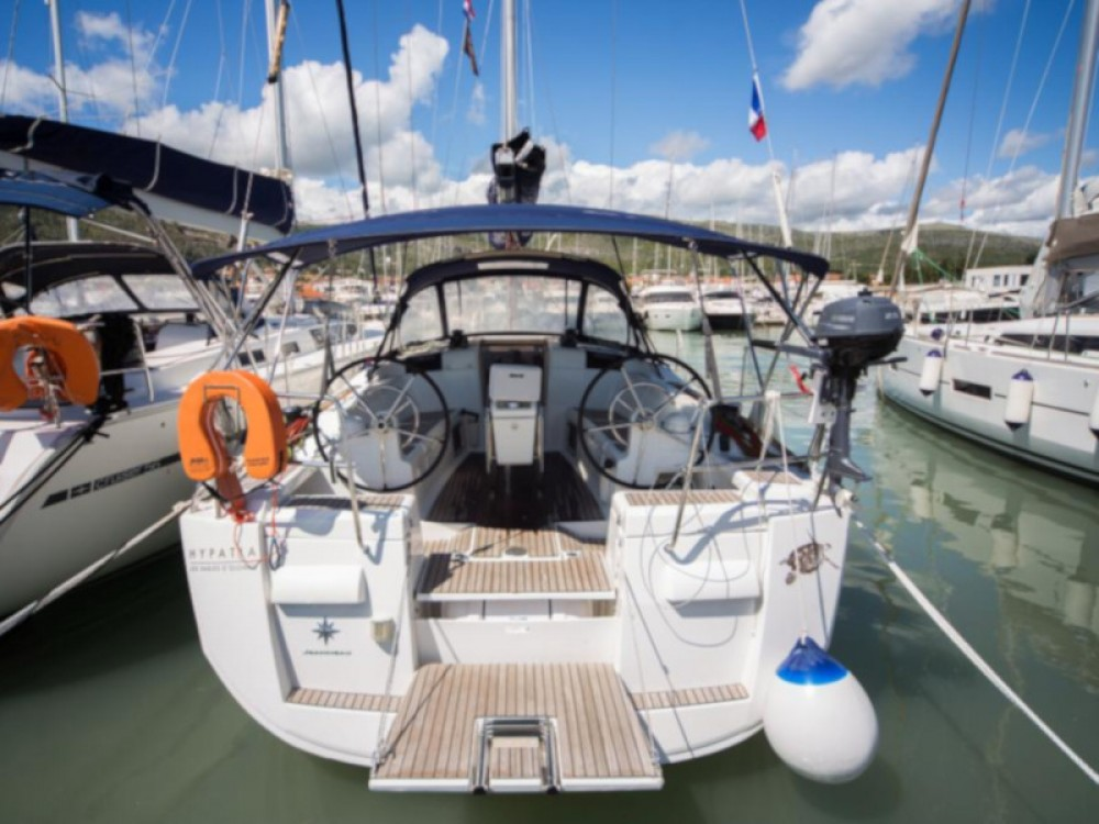 Location bateau Marina Baotić pas cher Sun Odyssey 409