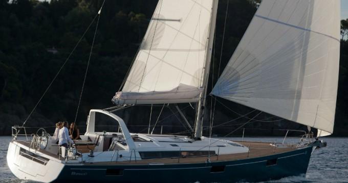 Louer Voilier avec ou sans skipper Bénéteau à Marina Baotić