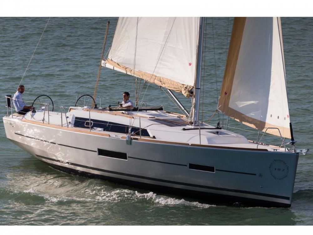 Hire Sailboat with or without skipper Dufour Raslina