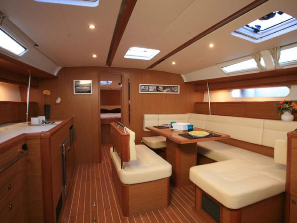Location bateau Raslina pas cher Sun Odyssey 49i