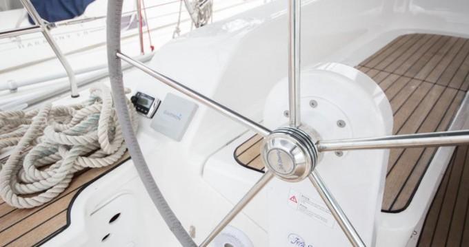 Bavaria Cruiser 46 entre particuliers et professionnel à Marina Baotić