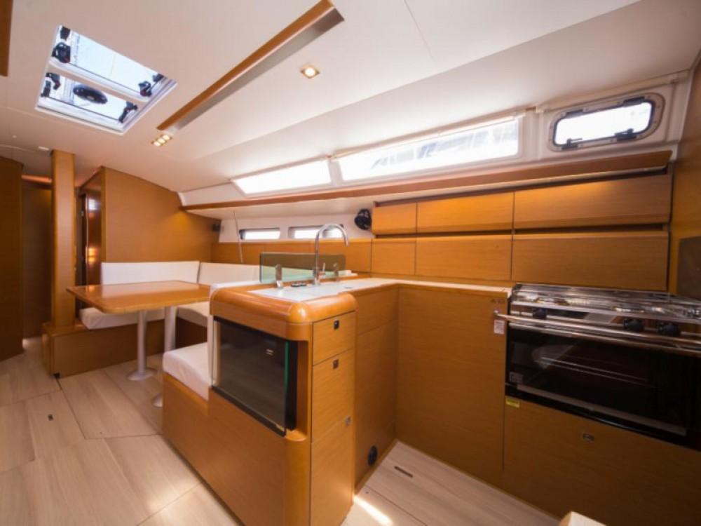 Location bateau Marina Baotić pas cher Sun Odyssey 449