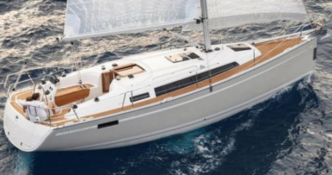 Location bateau ACI Marina Dubrovnik pas cher Cruiser 33