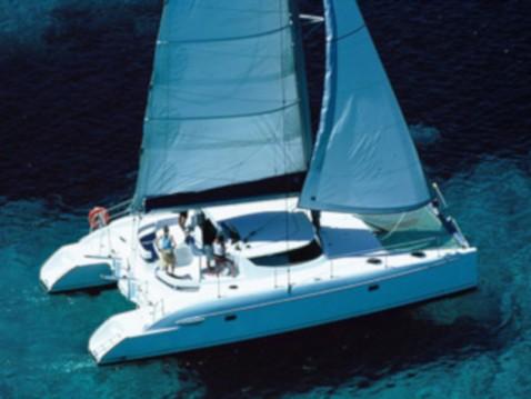 Location bateau Fountaine Pajot Lavezzi 40 à Marina Baotić sur Samboat
