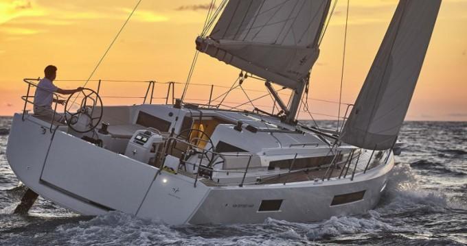 Location bateau Μαρίνα Αλίμου pas cher Sun Odyssey 440