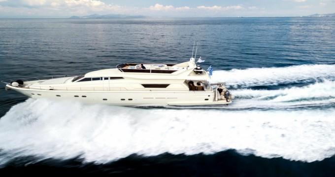 Louer Bateau à moteur avec ou sans skipper Ferretti à Μαρίνα Φλοίσβου