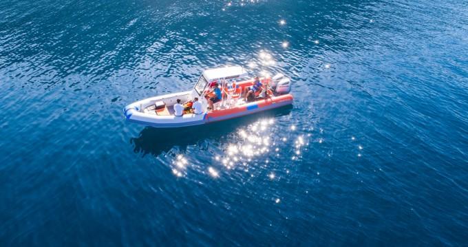 Location bateau Bavaria Highfield Patrol 860 SAR à Ploče sur Samboat