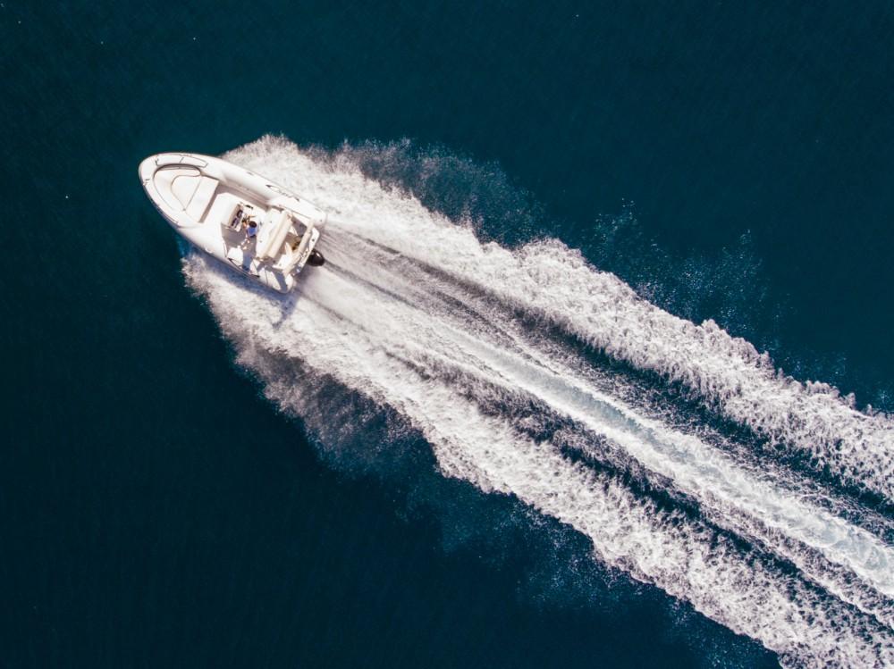Louer Semi-rigide avec ou sans skipper Maestral à Dubrovnik