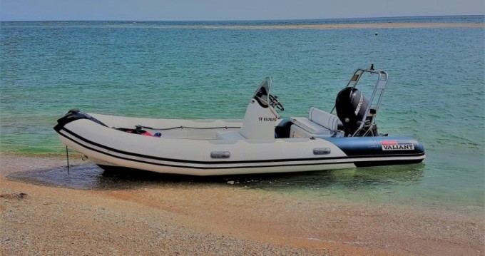 Rental yacht Barneville-Carteret - Valiant Valiant 525 on SamBoat