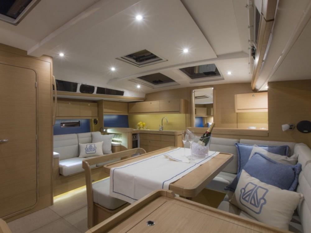 Location bateau Athènes pas cher Dufour 460 Grand Large