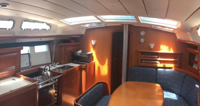 Location bateau Bénéteau Oceanis 423 à Athènes sur Samboat