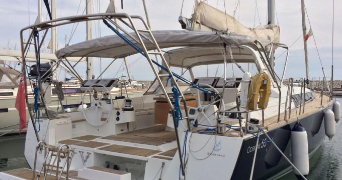 Bénéteau Oceanis 55 entre particuliers et professionnel à Marina d'Arechi