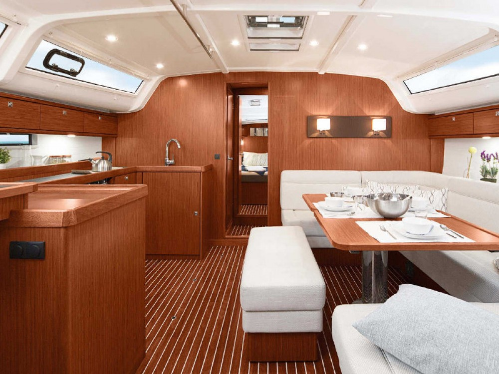 Louez un Bavaria Cruiser 51 à Marina Lanzarote