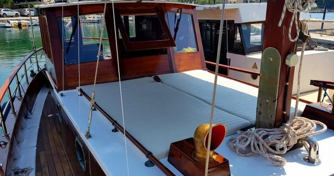Location Bateau à moteur à Split - Bavaria Classsic dalmatian boat