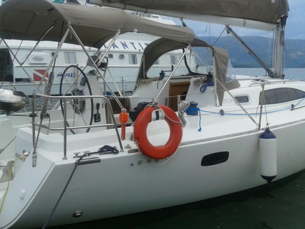 Bavaria Wind 34 entre particuliers et professionnel à Paraty