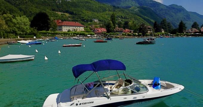 Location bateau Annecy pas cher Horizon 220