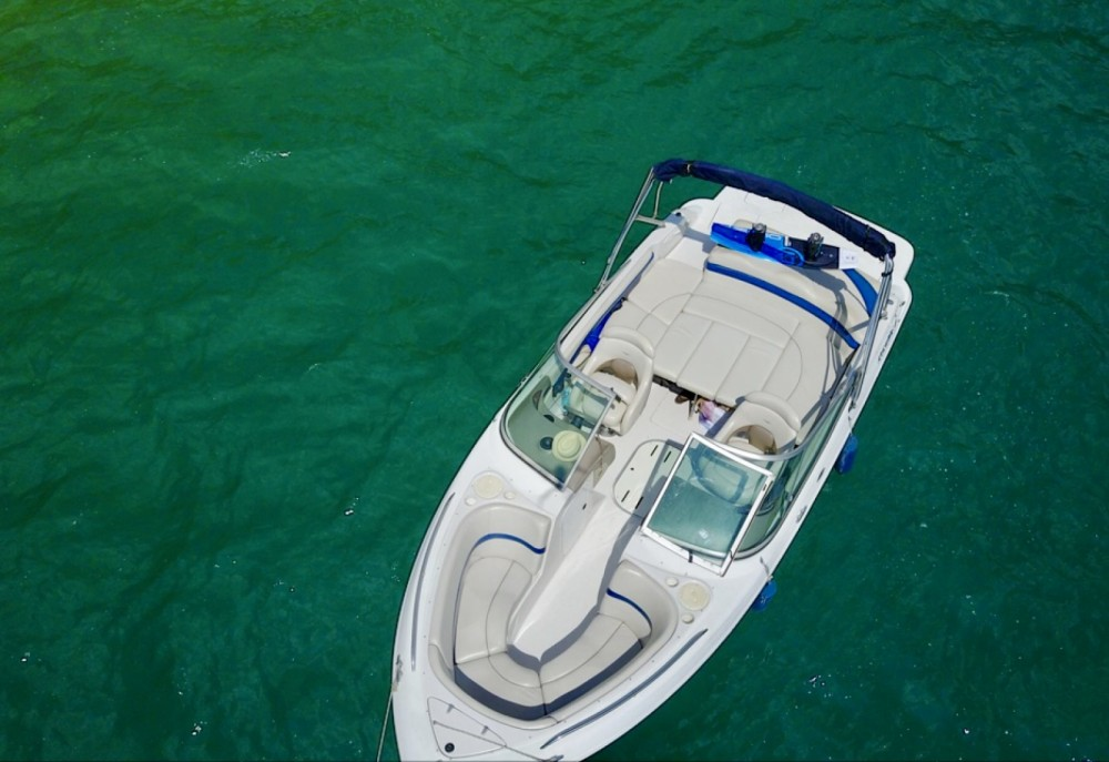 Bootverhuur Four Winns Horizon 220 in Annecy via SamBoat
