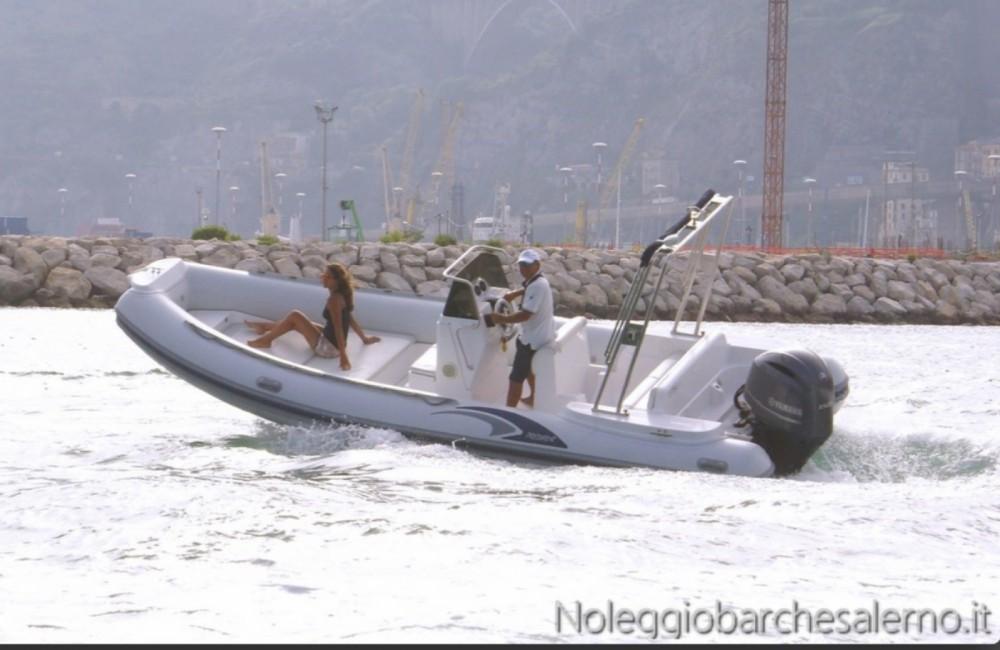 Verhuur Rubberboot MRL Ribs met vaarbewijs
