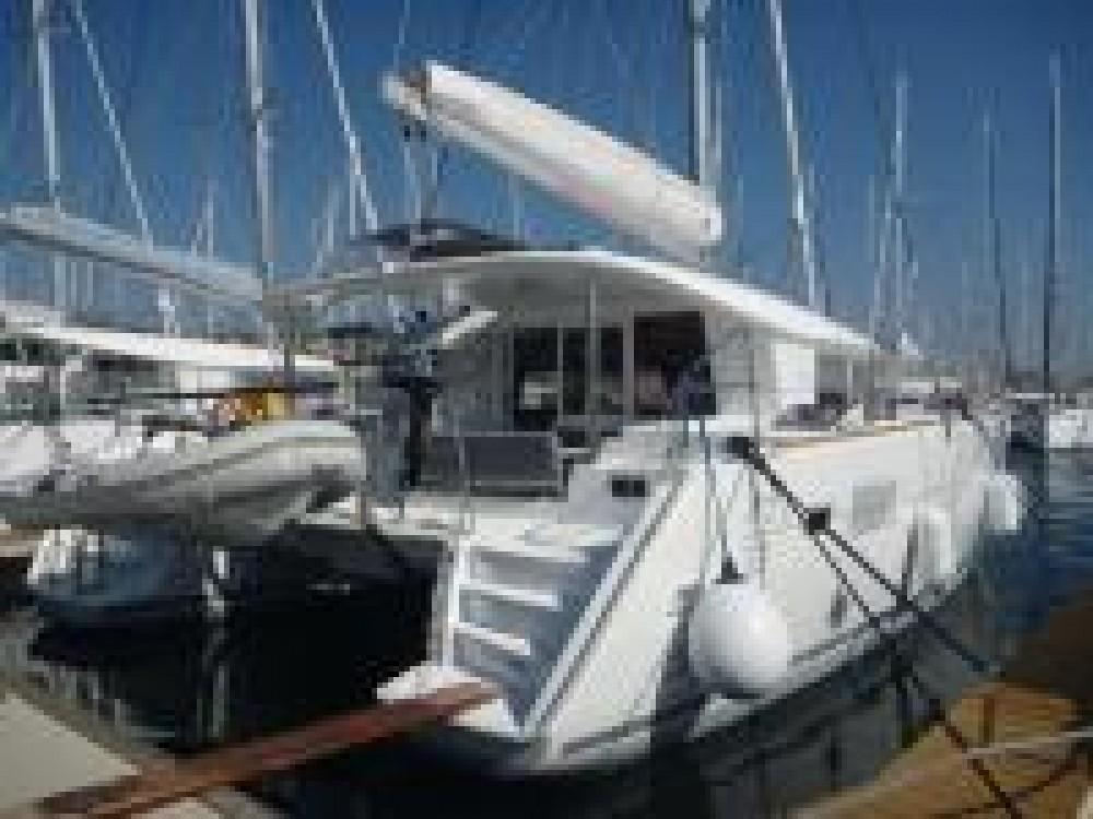Bootverhuur ACI marina Pomer goedkoop Lagoon 400 S2