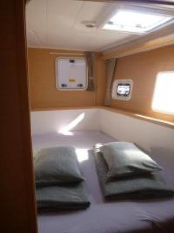Verhuur Catamaran in ACI marina Pomer - Lagoon Lagoon 400 S2