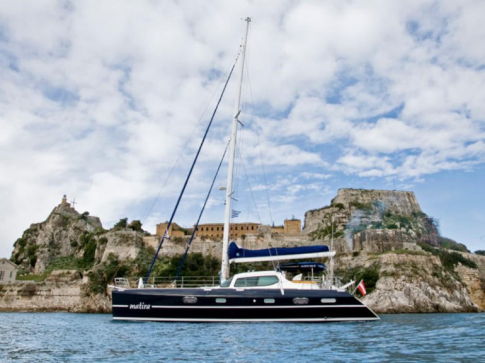 Huur Catamaran met of zonder schipper Alliaura in Marina Gouvia
