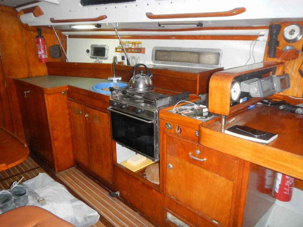 Bootverhuur Jeanneau Voyage 11.20 in Le Lavandou via SamBoat
