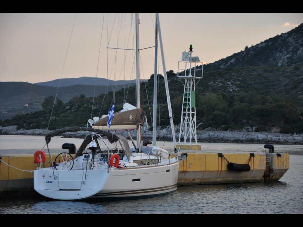 Huur Zeilboot met of zonder schipper Jeanneau in Μαρίνα Αλίμου