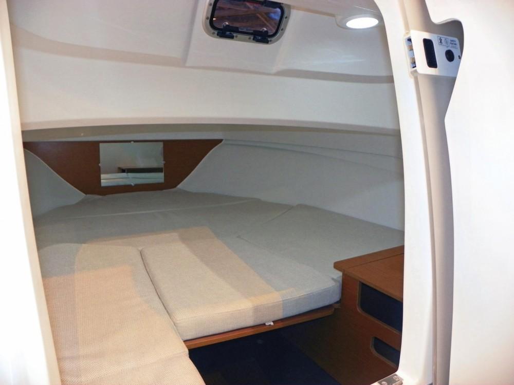Verhuur Motorboot in Santa Eulària des Riu - Jeanneau Cap Camarat 6.5 WA