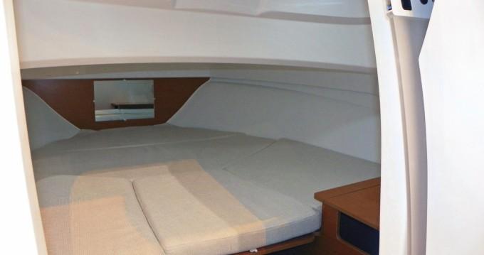 Alquiler de yate Santa Eulalia del Río - Jeanneau Cap Camarat 6.5 WA en SamBoat