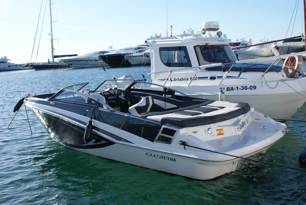 Jachthuur in Marina Botafoch - Glastron GT 225 via SamBoat