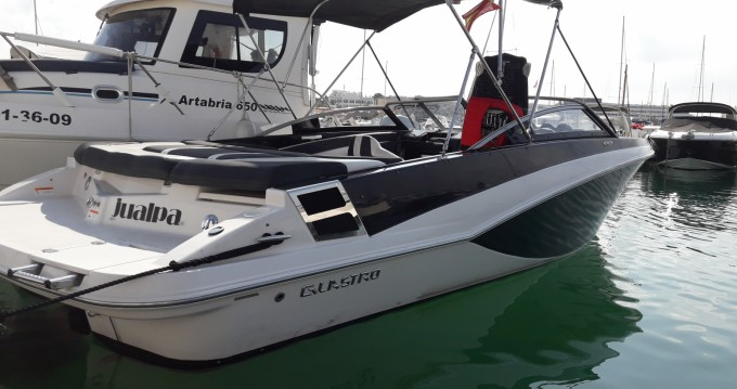 Glastron GT 225 between personal and professional Marina Botafoch
