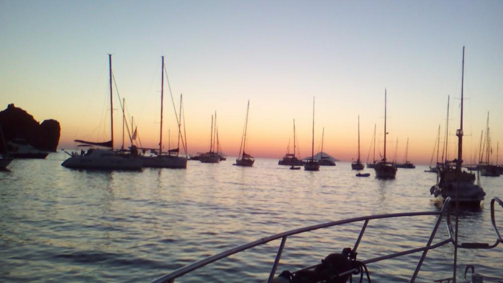 Verhuur Motorboot in Tonnarella - Cranchi Zaffiro 32