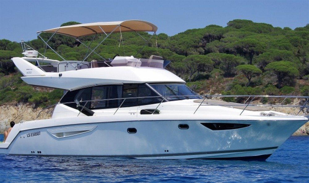 Bootverhuur Jeanneau Prestige 400 Fly in Beaulieu-sur-Mer via SamBoat