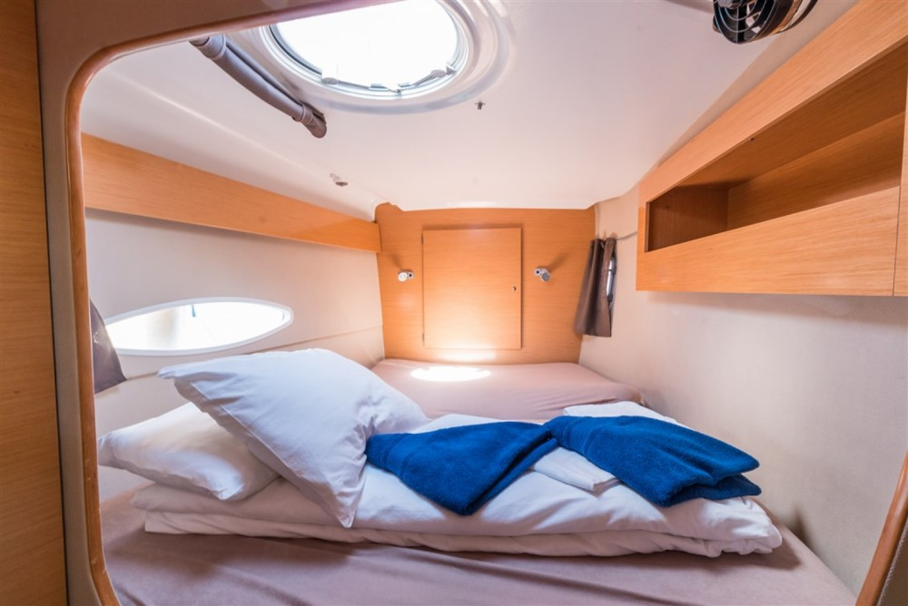 Verhuur Catamaran in Marina Kornati - Fountaine Pajot Lipari 41