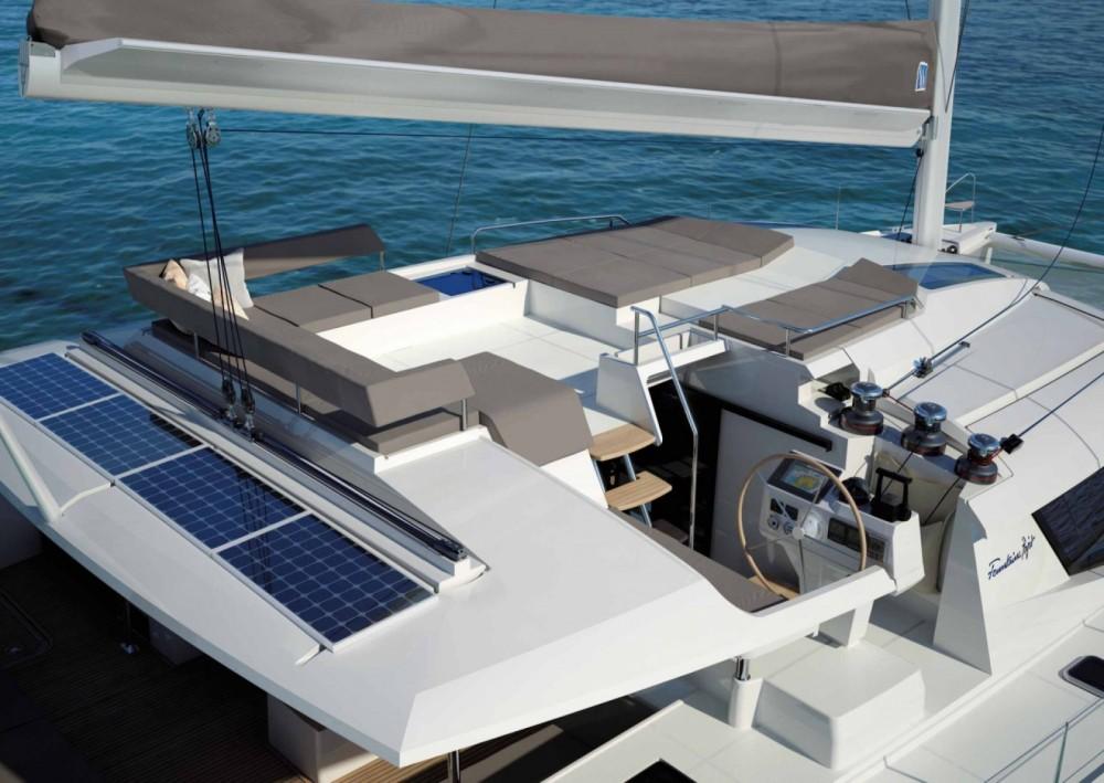 Verhuur Catamaran in Olbia - Fountaine Pajot Saba 50
