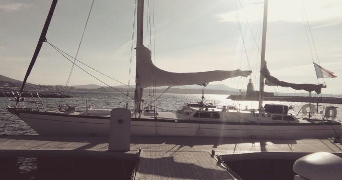 Nautique Saintonge Rorqual entre particuliers et professionnel à Saint-Tropez