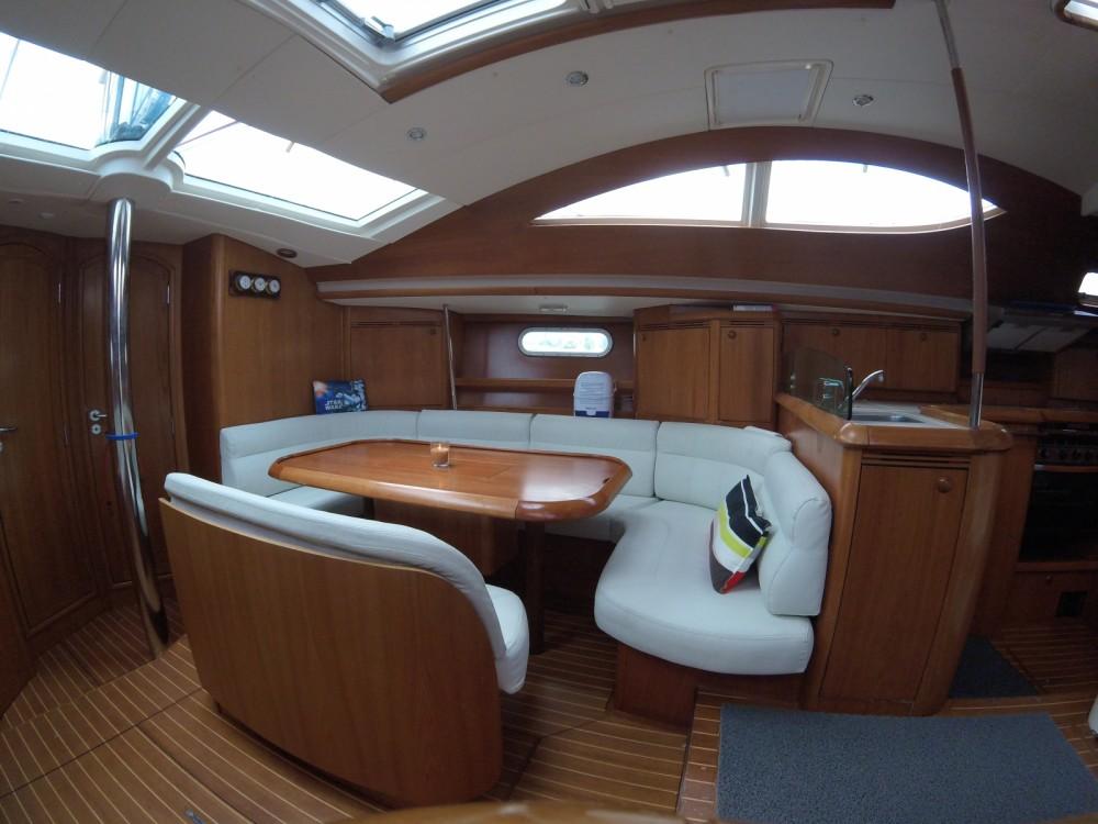Verhuur Zeilboot in Maliaño - Jeanneau Sun Odyssey 49 DS