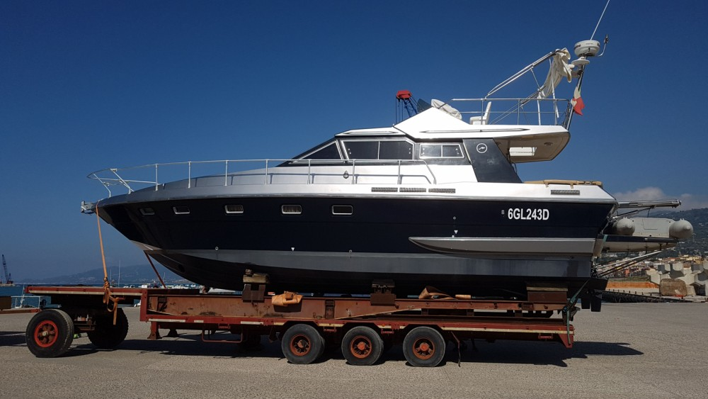 Motor boat for rent Capo d'Orlando at the best price