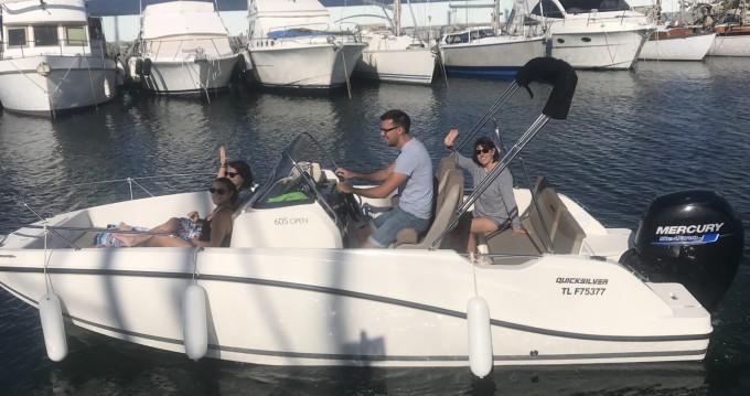Location bateau Quicksilver Activ 605 Open à Fréjus sur Samboat