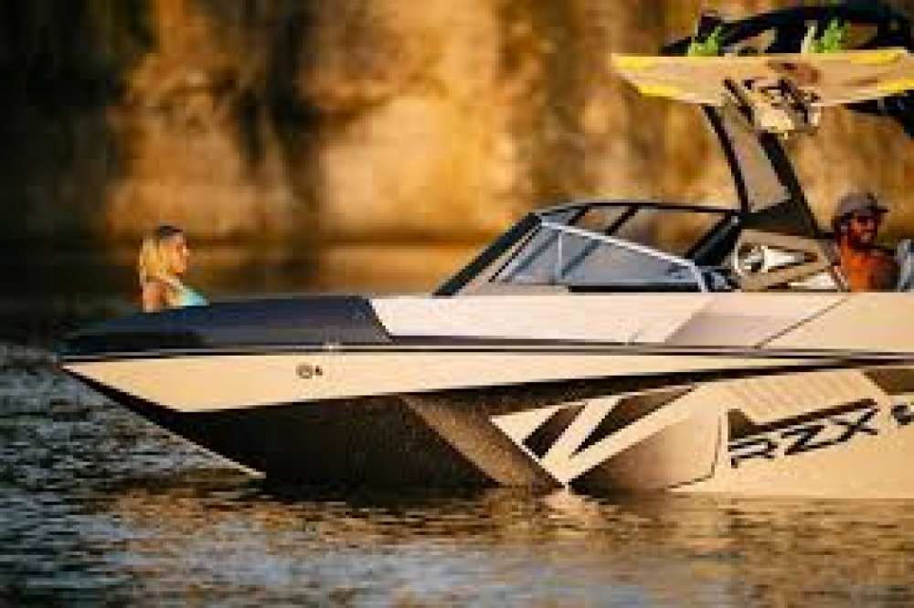 Motor boat for rent Sevrier at the best price