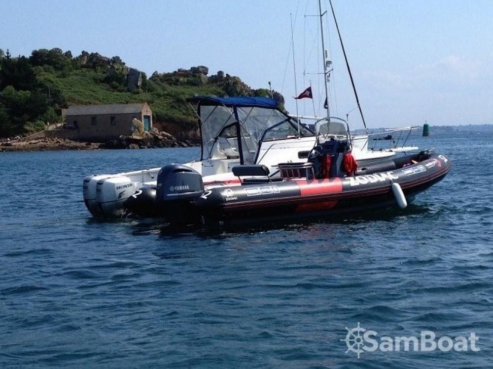 Location bateau Zodiac Pro Open 750 Vendee Globe à Pléneuf-Val-André sur Samboat