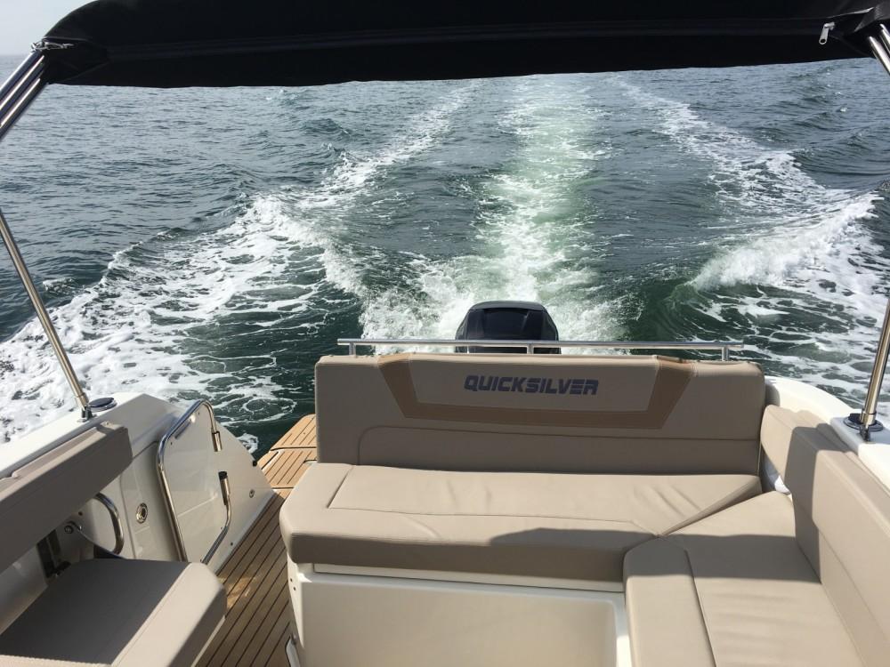 Louer Bateau à moteur avec ou sans skipper Quicksilver à Port-la-Forêt