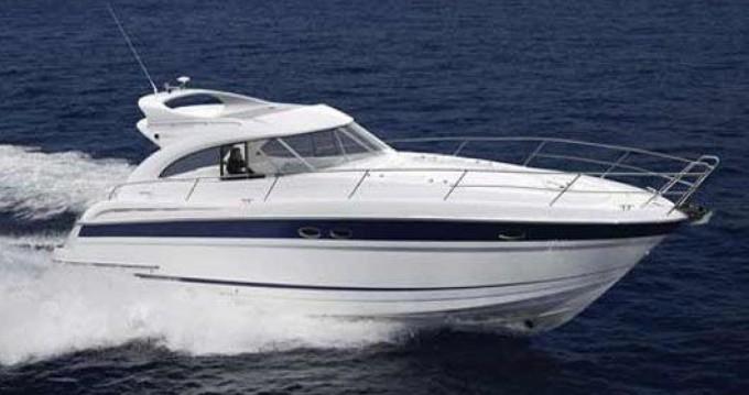 Yacht-Charter in Μαρίνα Αλίμου - Bavaria Bavaria 42 Sport Hard Top auf SamBoat