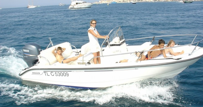 Louez un Boston Whaler Boston Whaler 18 Dauntless à Saint-Tropez