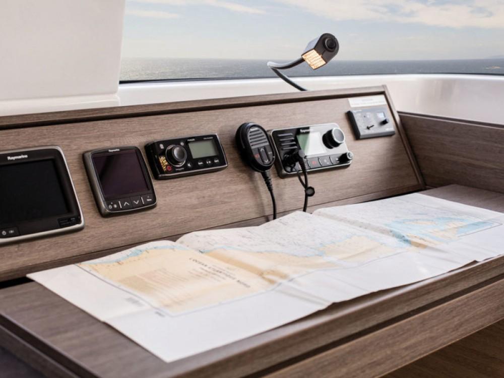 Catamaran te huur in Leucade voor de beste prijs