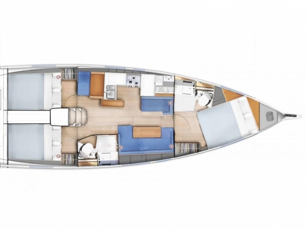Bootverhuur Bavaria Sun Odyssey 410 in Follonica via SamBoat