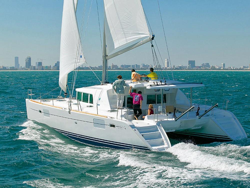 Verhuur Catamaran in Marina de Alimos - Lagoon Lagoon 440