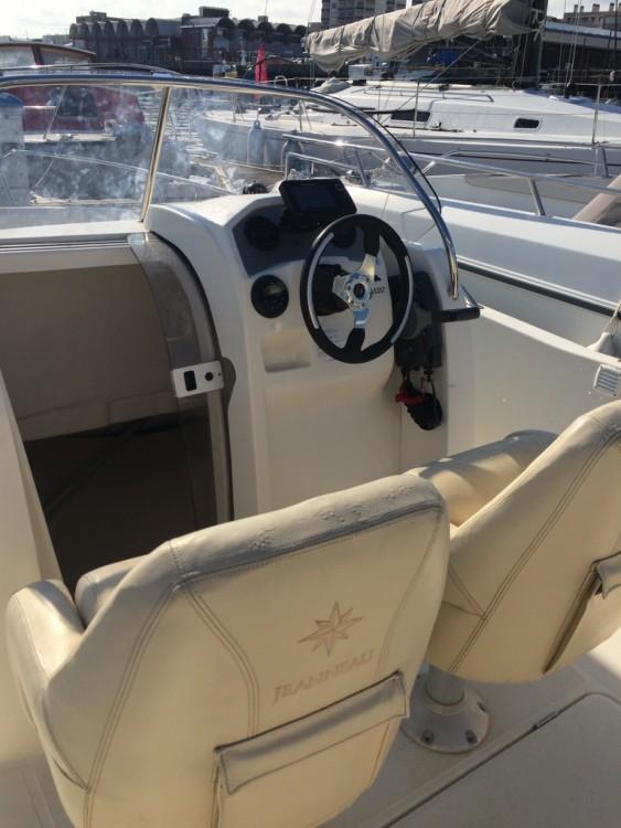 Location bateau Arcachon pas cher Cap Camarat 635 Style